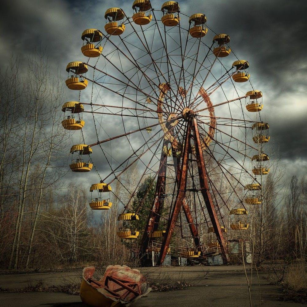 2 Amusement Park Horror Stories
